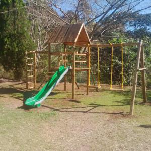 playground-equipment-children-park-playcentre-slide-pool-children-super-tube-creche-kids3-300x300
